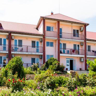 Отель Мрия
